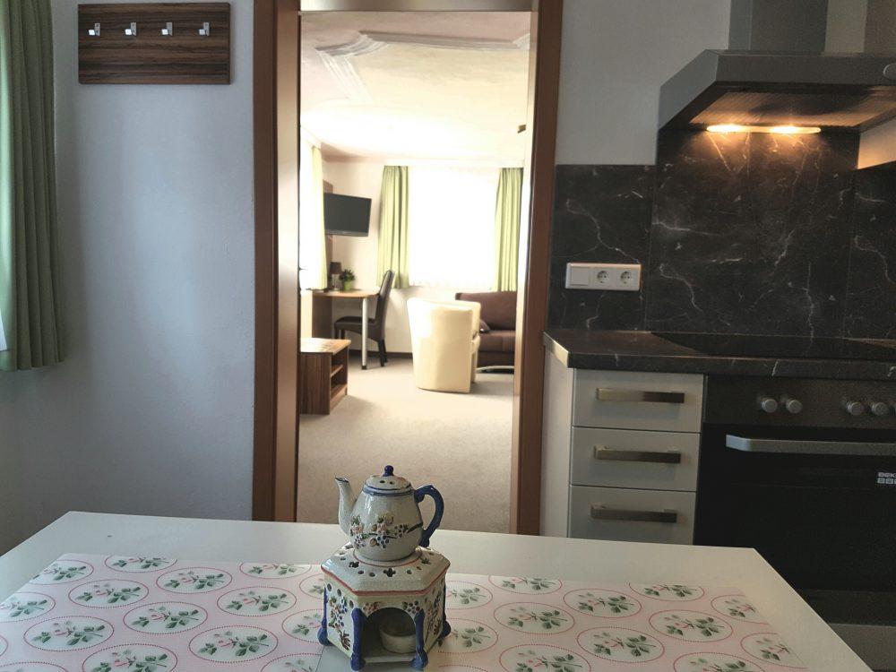 ferienwohnung bad windsheim im hotel goldene traube. Black Bedroom Furniture Sets. Home Design Ideas